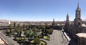 Pérou : la Plaza de Armas à Arequipa