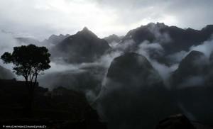 Pérou : le Machu Picchu sous les nuages