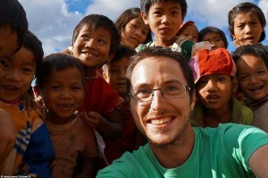 Interview voyageur : Anthony et son tour du monde en solitaire - Trek dans la minorité Palong en Birmanie
