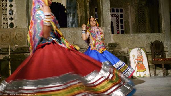 Spectacle de danse indienne à Udaipur (Inde)