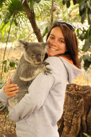 Margaux et son koala à Brisbane (Australie)
