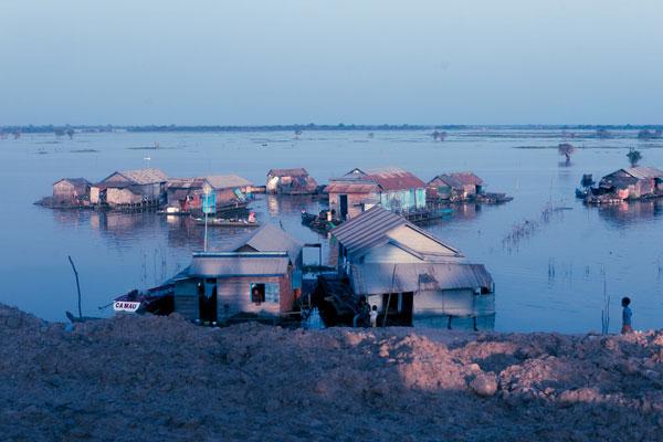 Villages flottants du Tonlé Sap (Cambodge)