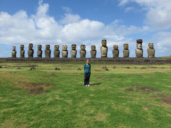 Anaïs sur l'Ile de Pâques, Chili