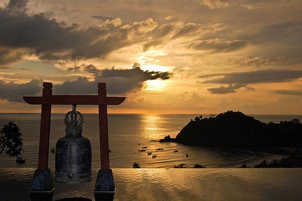 Quelle île choisir en Thaïlande : coucher du soleil à Koh Lanta