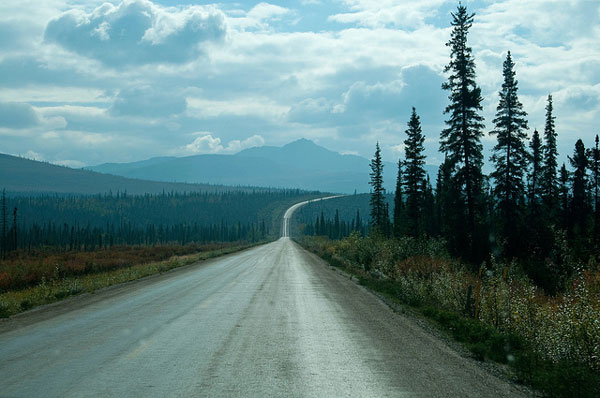 La Dalton Highway qui mène au nord de l'Alaska