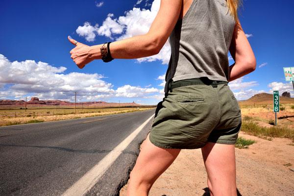 Voyager en auto-stop quand on est une femme