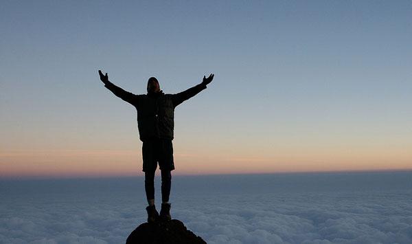 Au-dessus des nuages, lors d'un trek au Kilimandjaro, Tanzanie