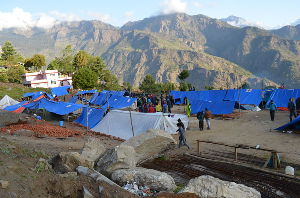 Camp de Dhunche, lors du séisme de 2015 au Népal