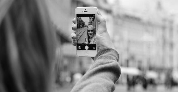Réflexion sur les réseaux sociaux en voyage