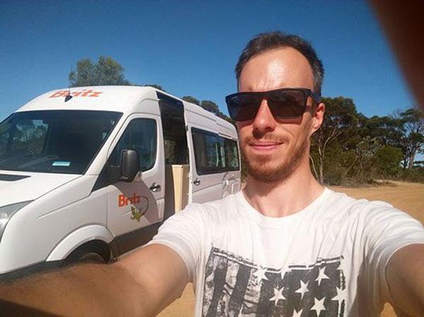 Vincent et son van, en Australie