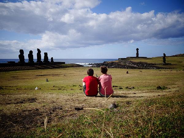 Oriane et David sur l'Île de Pâques
