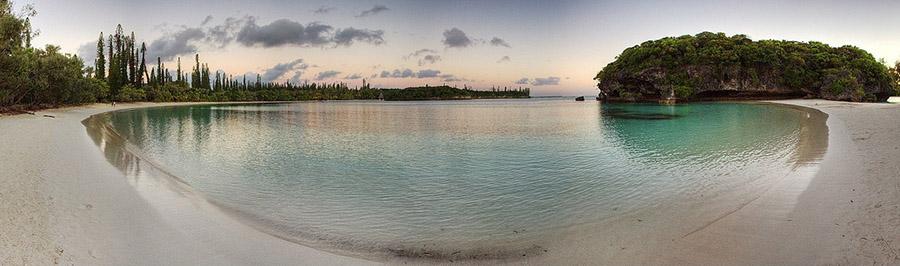 La baie de Kanumera sur l'Île des Pins