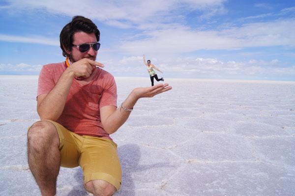 Petit jeu de perspective sur le Salar de Uyuni