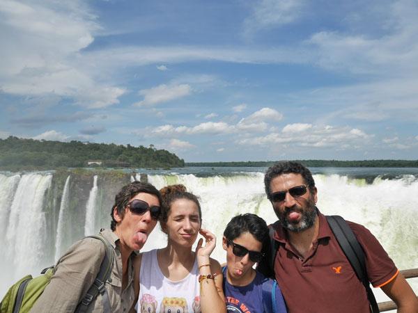 Aux Chutes d'Iguaçu, Brésil