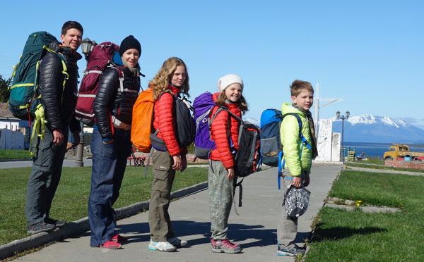 Julien, Frédérique, Joséphine, Céleste et Robinson, à Puerto Natales, au Chili