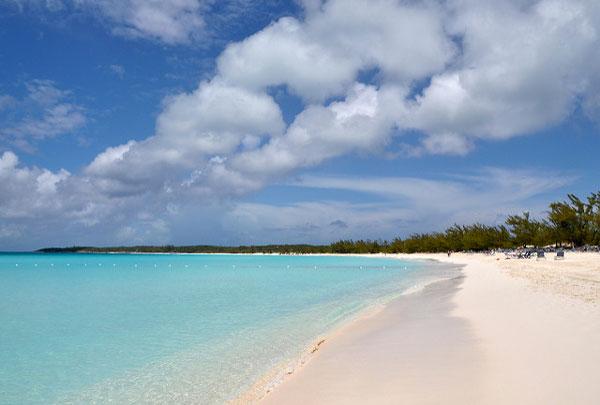 Partir loin des foules en été : Les Bahamas