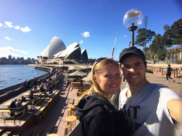 Interview voyageurs : Le voyage de noces autour du monde d'Elodie et Thomas ! Ici, en Australie, à Sydney