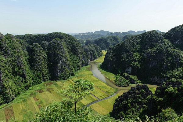 Ninh Binh et la Baie d'Ha Long terrestre, Vietnam