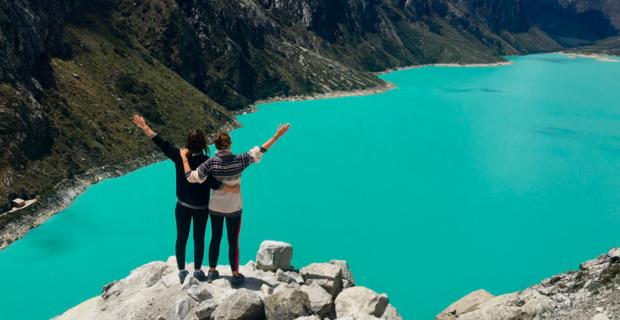 Interview voyageuses : Faire le tour du monde quand on est un couple de femmes